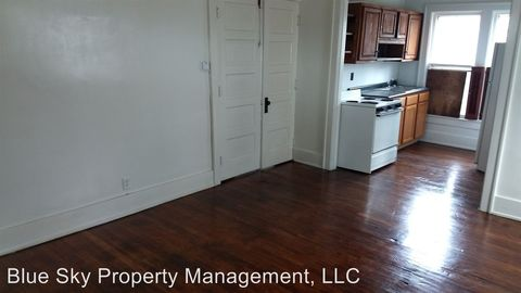 Photo of 137 S 14th St, Richmond, IN 47374