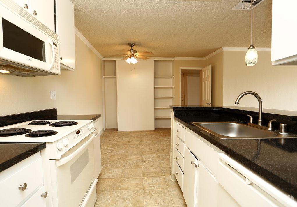 780 Oak Grove Rd, Concord, CA 94518