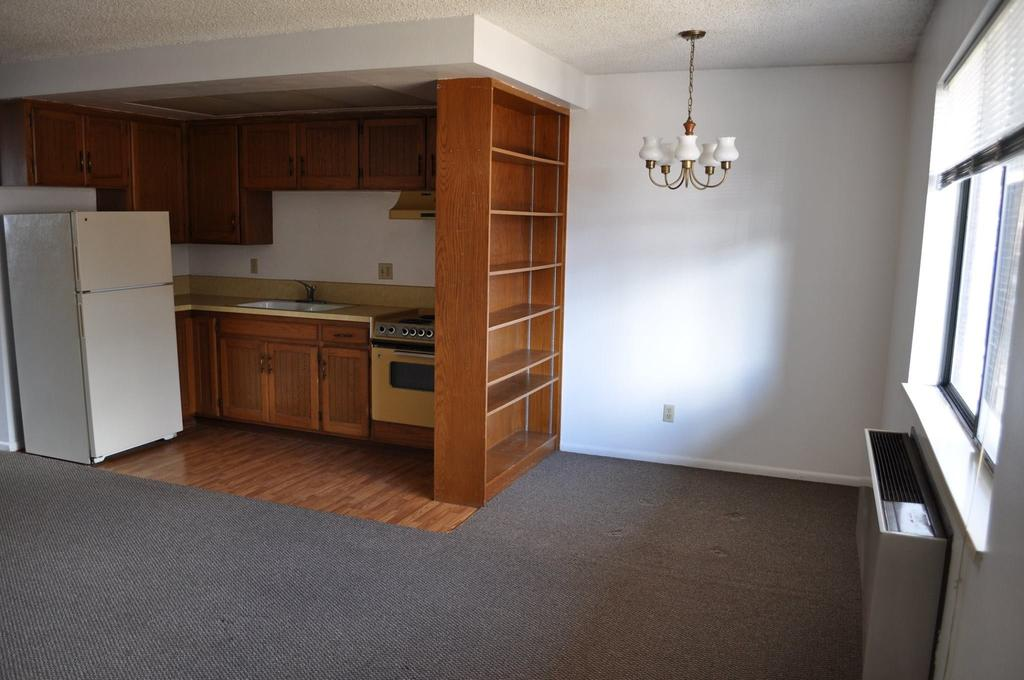 460 e 200 s (1 bedroom apartment)