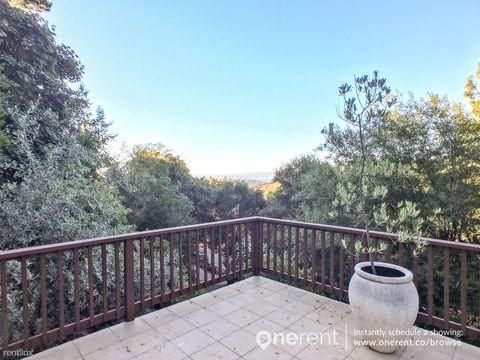 221 Vista Verde Way, Portola Valley, CA 94028
