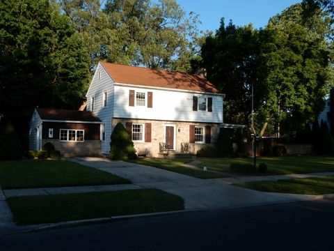 Photo of 155 E Park St, Carlisle, PA 17013