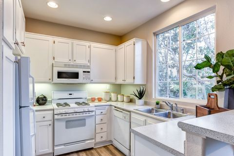 Incredible 11760 Westview Pkwy San Diego Ca 92126 Complete Home Design Collection Barbaintelli Responsecom