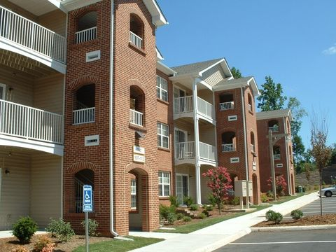 Photo of 7500 Timberlake Rd, Lynchburg, VA 24502