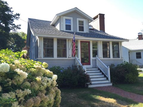 Admirable 83 School St Ogunquit Me 03907 Home For Rent Realtor Com Home Interior And Landscaping Palasignezvosmurscom