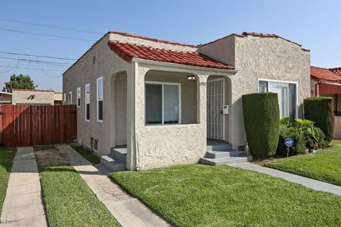 Photo of 1957 W 67th St, Los Angeles, CA 90047