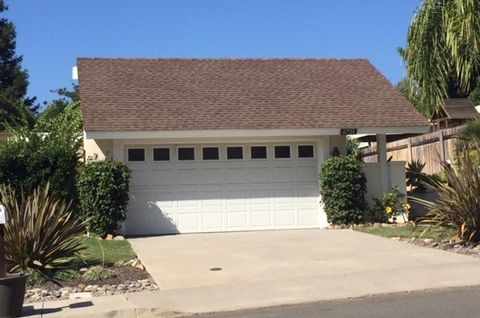 Photo of 6721 Corintia St, Carlsbad, CA 92009