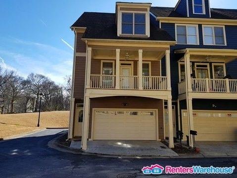 Photo Of 1079 Marietta Blvd Nw Atlanta Ga 30318 Townhome For Rent