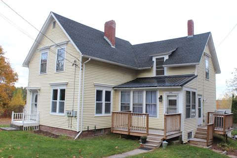 Photo of 1243 State St, Veazie, ME 04401