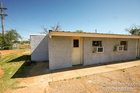 Photo of 2120 W 7th St Apt 5, Clovis, NM 88101