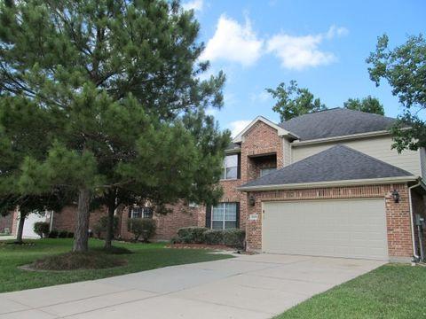 Photo of 17606 Bryce Manor Ln, Humble, TX 77346