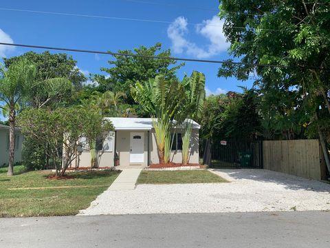 Photo of 7110 Sw 83rd Ct, Miami, FL 33143