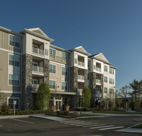 Pine Hills Apartment Homes
