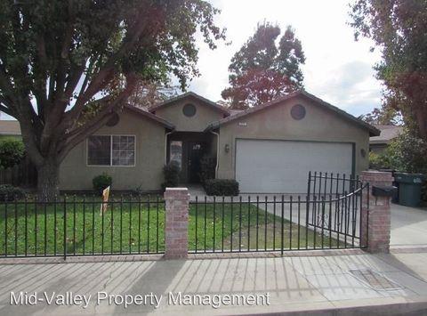 717 E Apricot Ave, Tulare, CA 93274