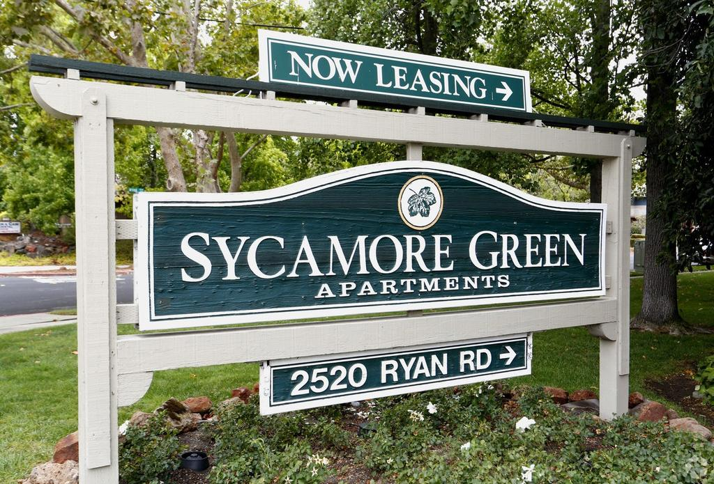 Sycamore Green Apartments