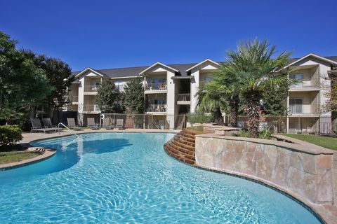 Photo of 6000 Randolph Blvd, San Antonio, TX 78233