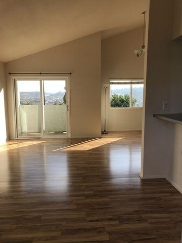 Photo of 6913 Quail Pl Unit E, Carlsbad, CA 92009