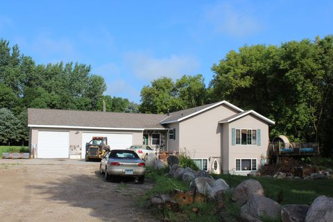 Photo of 2014 75th St Nw # 2, Pennock, MN 56201