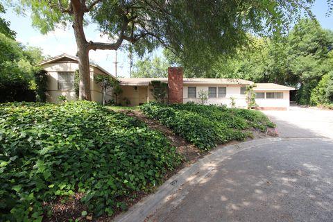 Photo of 385 E Palm St, Altadena, CA 91001