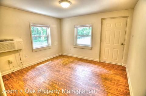 Photo of 1010 501 S, Chapel Hill, NC 27517