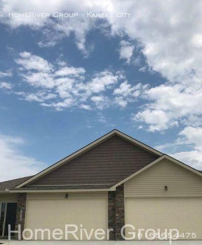 Photo of 12359 Nw Foxcreek Dr, Platte City, MO 64079