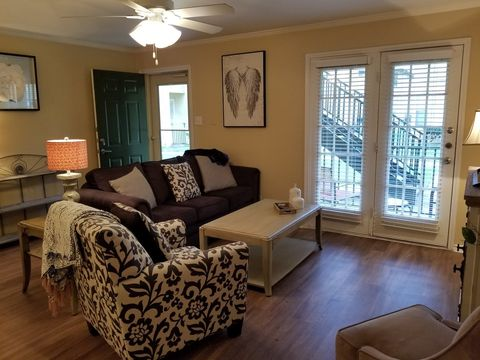 Enjoyable Briarwick San Antonio Tx Apartments For Rent Realtor Com Interior Design Ideas Oxytryabchikinfo