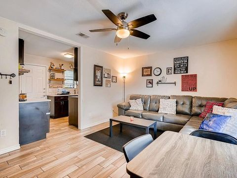 Photo of 1703 May St Apt A, Fort Worth, TX 76110