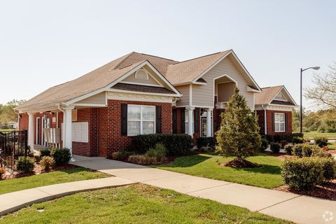 Photo of 851 Fields Dr, Bowling Green, KY 42104