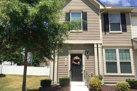Photo of 3239 Warm Springs Ln, Raleigh, NC 27610