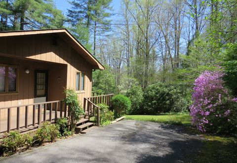 Photo of 29 Teaberry Rd Unit A, Cullowhee, NC 28723