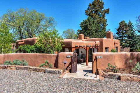 Photo of 441 Camino Monte Vista, Santa Fe, NM 87505