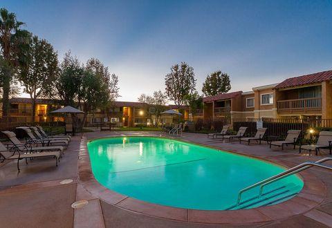 10300 La Hacienda Ave, Fountain Valley, CA 92708