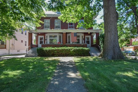 Photo of 1270 Cove Ave # 1270, Lakewood, OH 44107