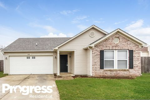 Photo of 648 Indigo Ct, Greenfield, IN 46140