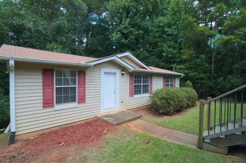 Photo of 4464 Janice Dr Sw, Snellville, GA 30039