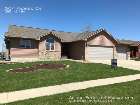 Photo of 504 Andrew Dr, Crooks, SD 57020