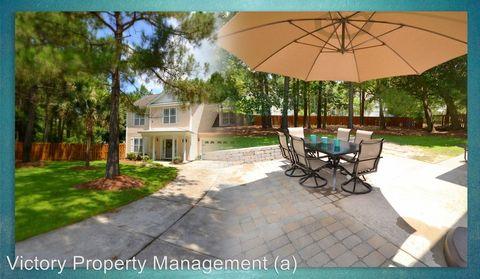 102 Fielding Terrace Ct, Hampstead, NC 28443