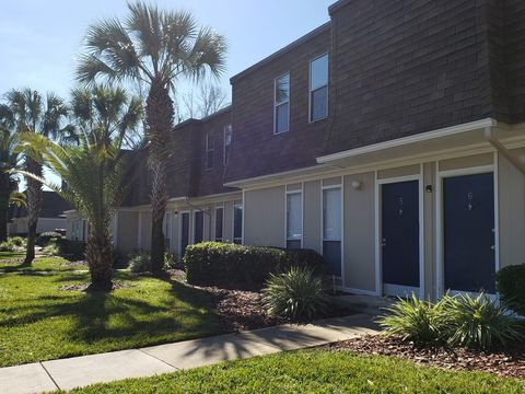 Photo of 2930 Sw 23rd Ter, Gainesville, FL 32608