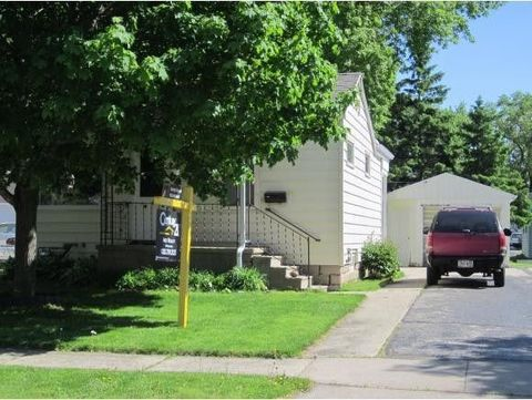 Photo of 933 W Grant St, Appleton, WI 54914