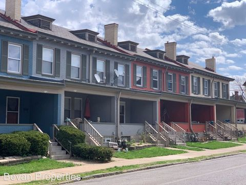Photo Of 200 223 Gilliland Pl 222 Laurel Ave Pittsburgh Pa Apartment For Rent