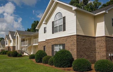 Photo of 2707 Meridian Dr, Greenville, NC 27834