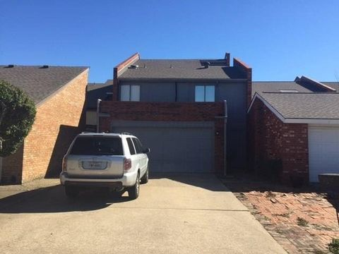 Photo of 610 Carriage Way, Duncanville, TX 75137