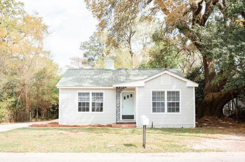 Photo of 2308 Churchill Dr, Mobile, AL 36606