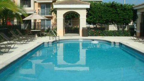 Photo of 613 E Palm Dr, Florida City, FL 33034
