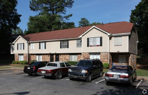 Photo of 4655 Glenwood Rd, Decatur, GA 30035