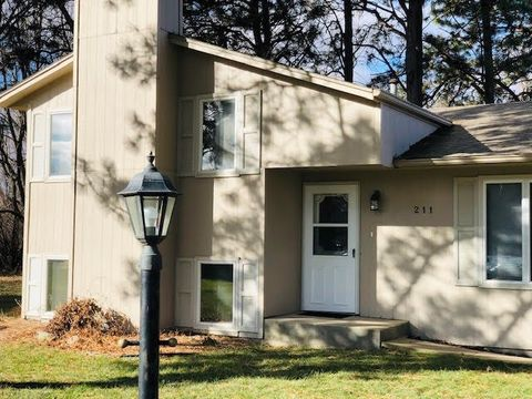 Photo of 211 N Evergreen Dr 211 N Evergreen Dr, Sioux Falls, SD 57107