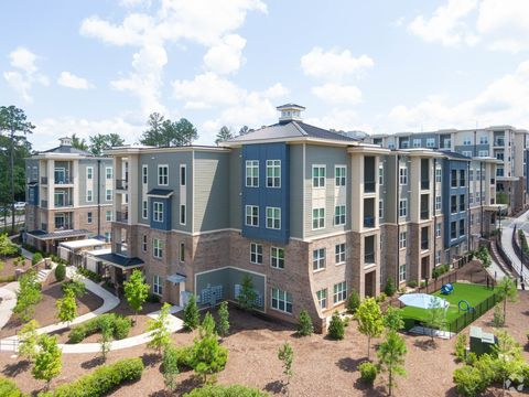 Photo of 6000 Elevate Cir, Cary, NC 27513