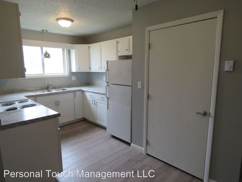 Photo of 702 29th St N, Fargo, ND 58102