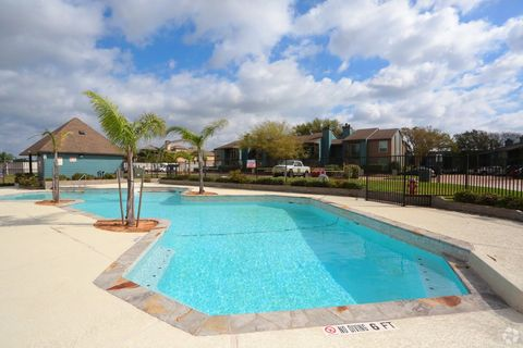 Photo of 451 Constellation Blvd, League City, TX 77573