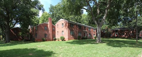 Photo of 245 New Dr, Winston Salem, NC 27103