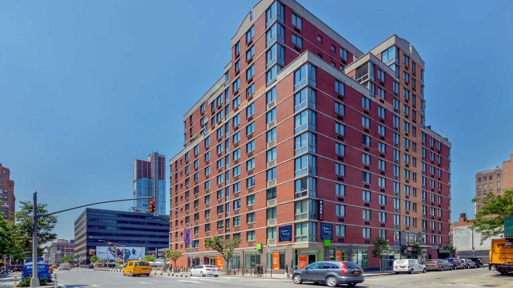 hell s kitchen new york ny apartments for rent